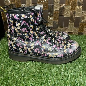 Doc Marten Leather Floral Delaney
